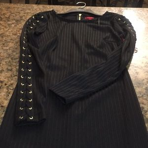 Jennifer Lopez Dresses - Jennifer Lopez stretchy black dress size 8